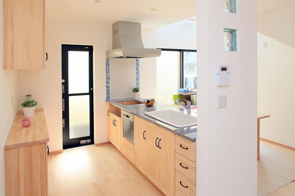 対面式キッチン画像