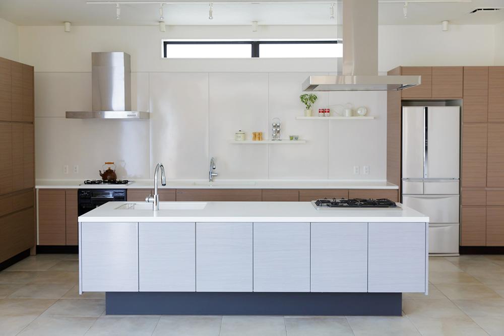オープン対面キッチン画像